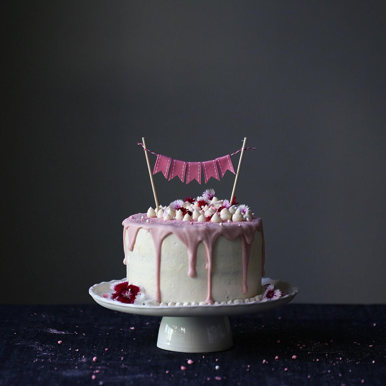 Vanilla And Raspberry Mud Cake Recipe