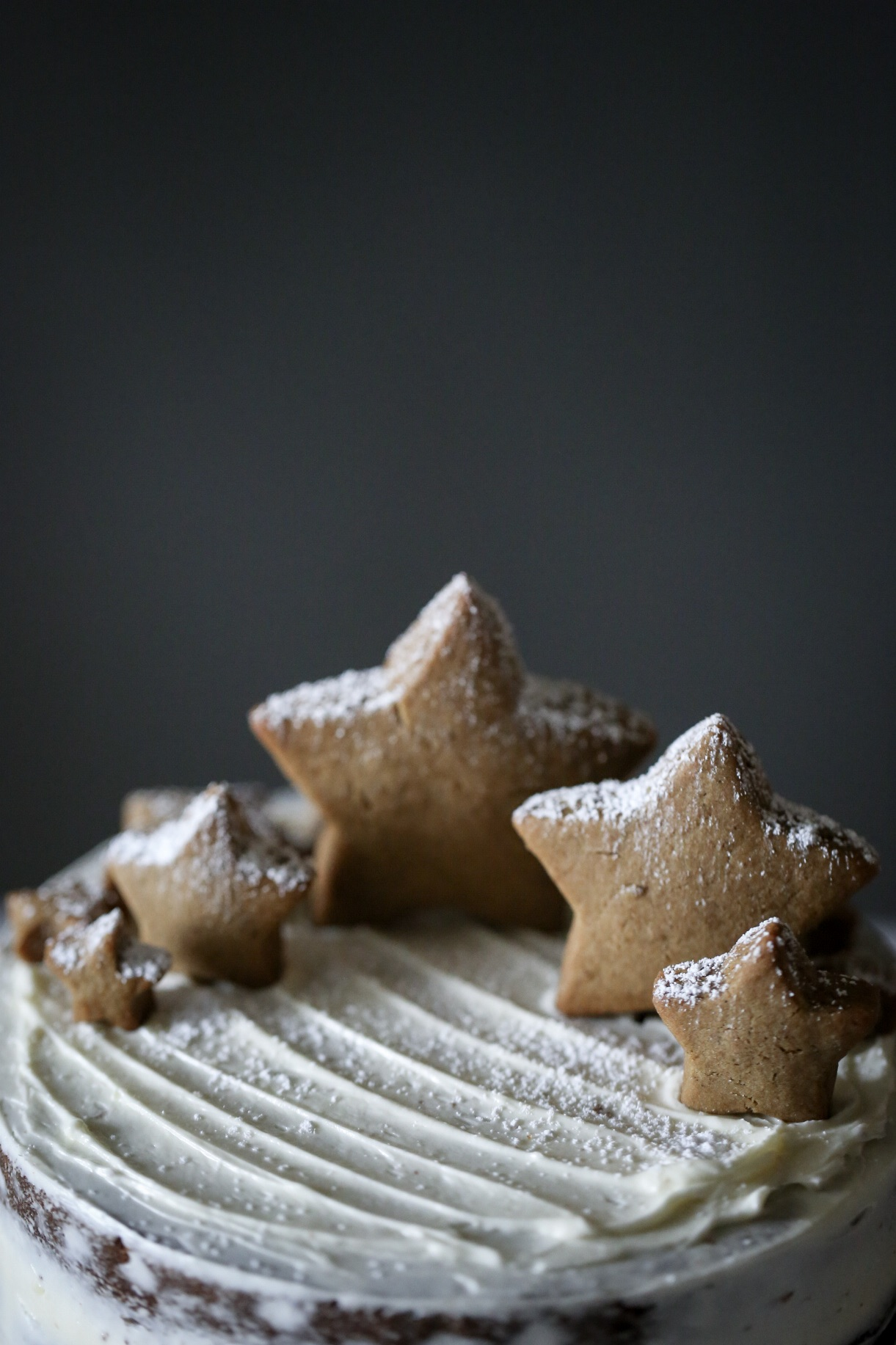Gingerbread Cake with Lime Curd and White Chocolate Frosting