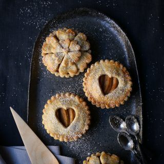 Spiced Maple Apple Pies | The Polka Dotter