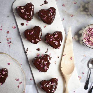 Mocha Hearts + Dark Chocolate Glaze | The Polka Dotter