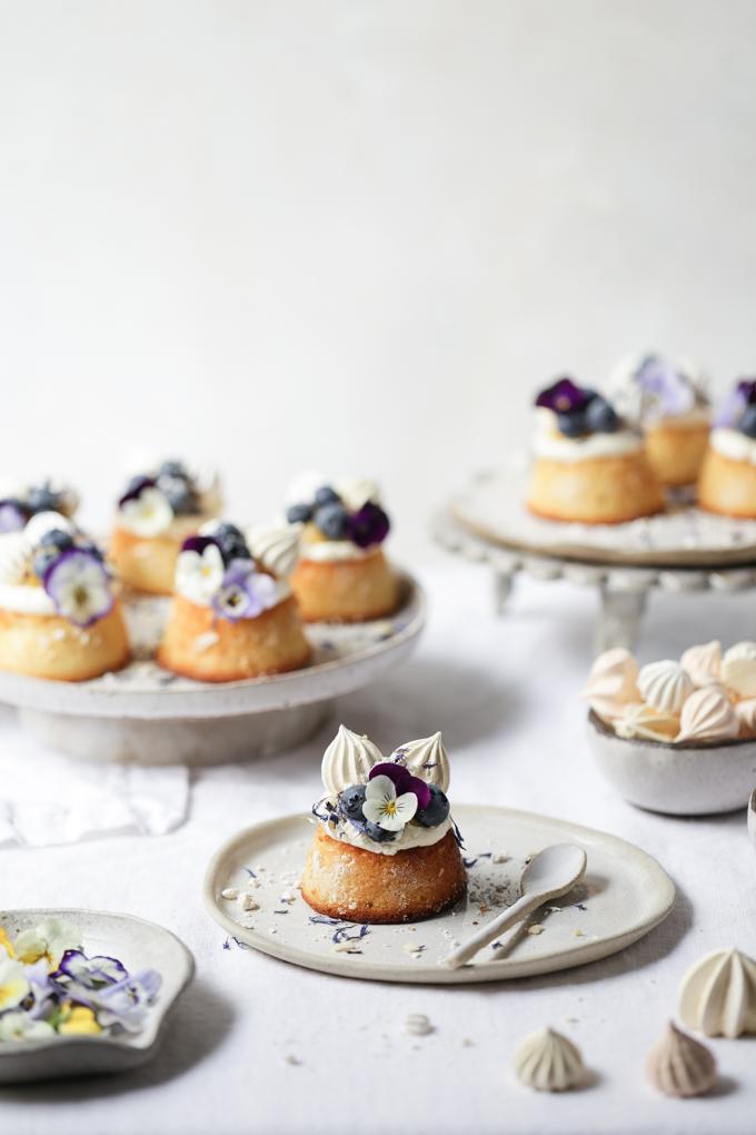 Lemon, Blueberry and Almond Teacakes | The Polka Dotter