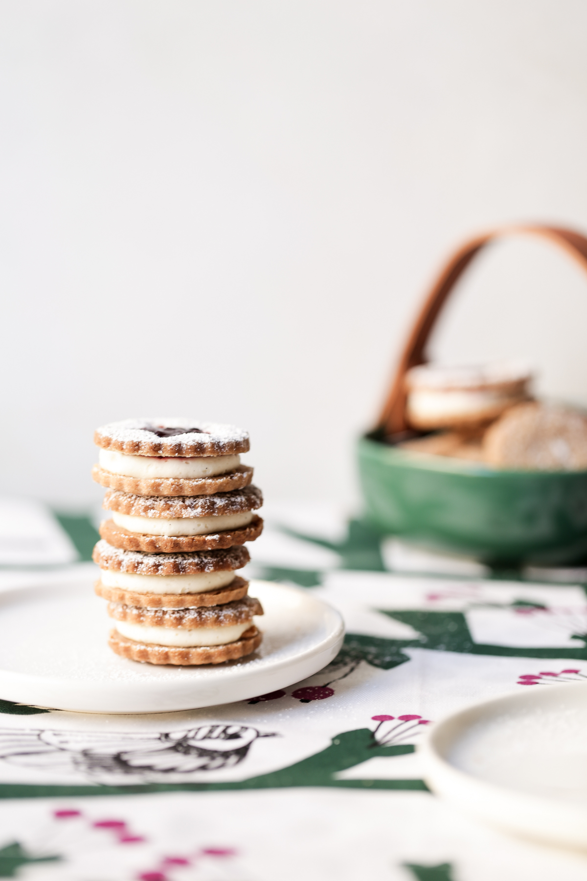 Roasted Cherry, Vanilla and Cinnamon Christmas Cookies | The Polka Dotter