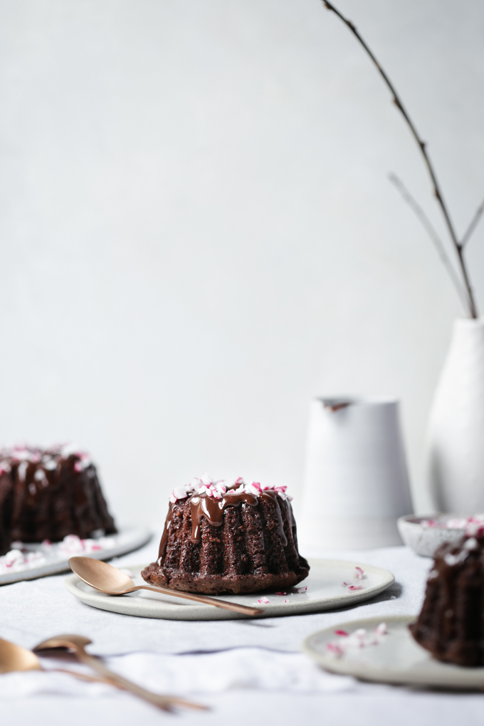 Chocolate Peppermint Mini Bundt Cakes | The Polka Dotter