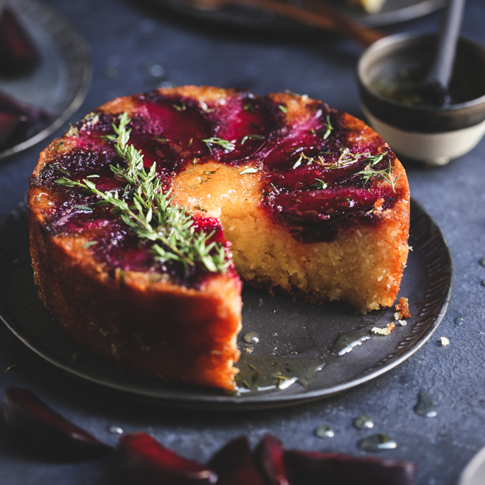 Plum & Thyme Upside-Down Cake {Gluten-free} | The Polka Dotter