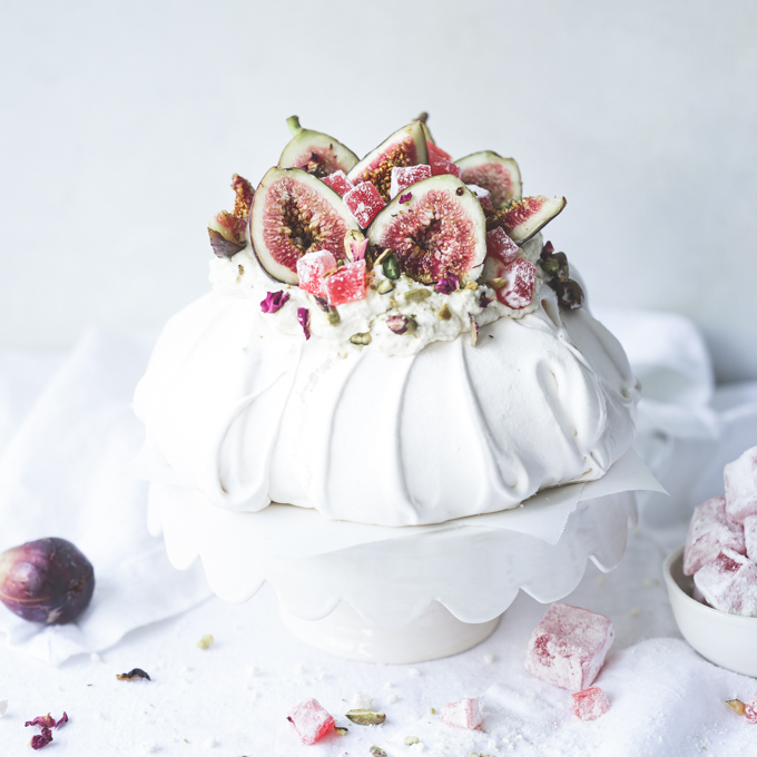 Persian Love Pavlova | The Polka Dotter